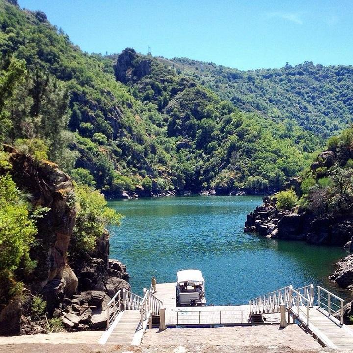Ruta Ribeira Sacra-Embarcadero Os Chancis