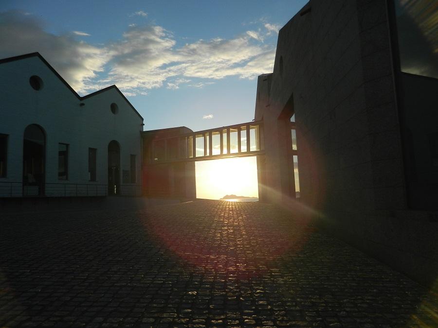 Puesta de sol Museo del mar