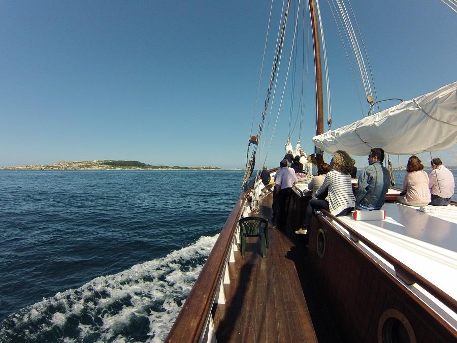 Paseo en velero por la Ría de Arousa