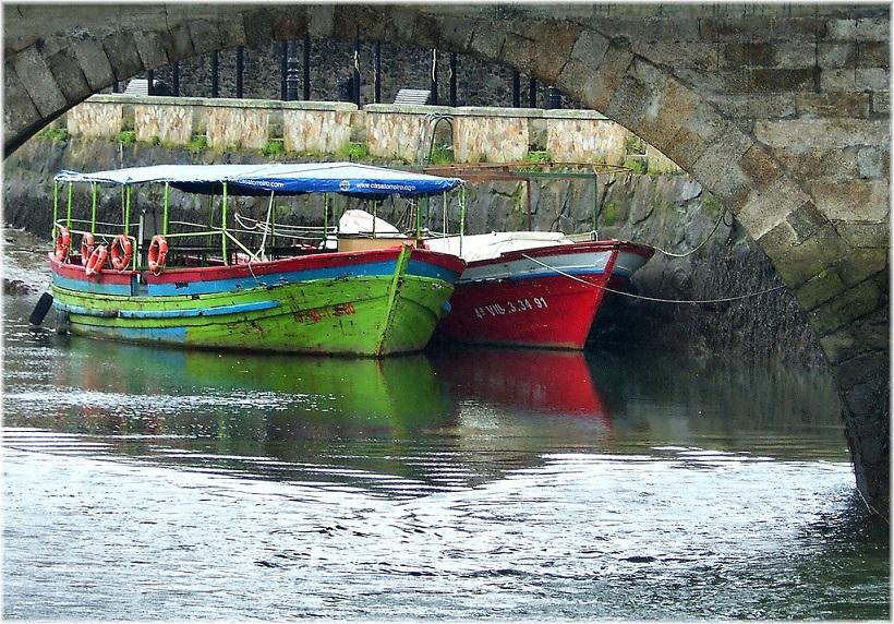 Embarcaciones romeria dos caneiros