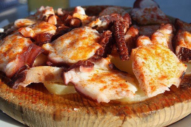 fiestas gastronomicas de septiembre pulpo illa de arousa
