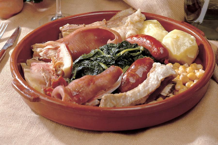Presentación de Cocido. Fiestas gastronomicas de febrero en galicia