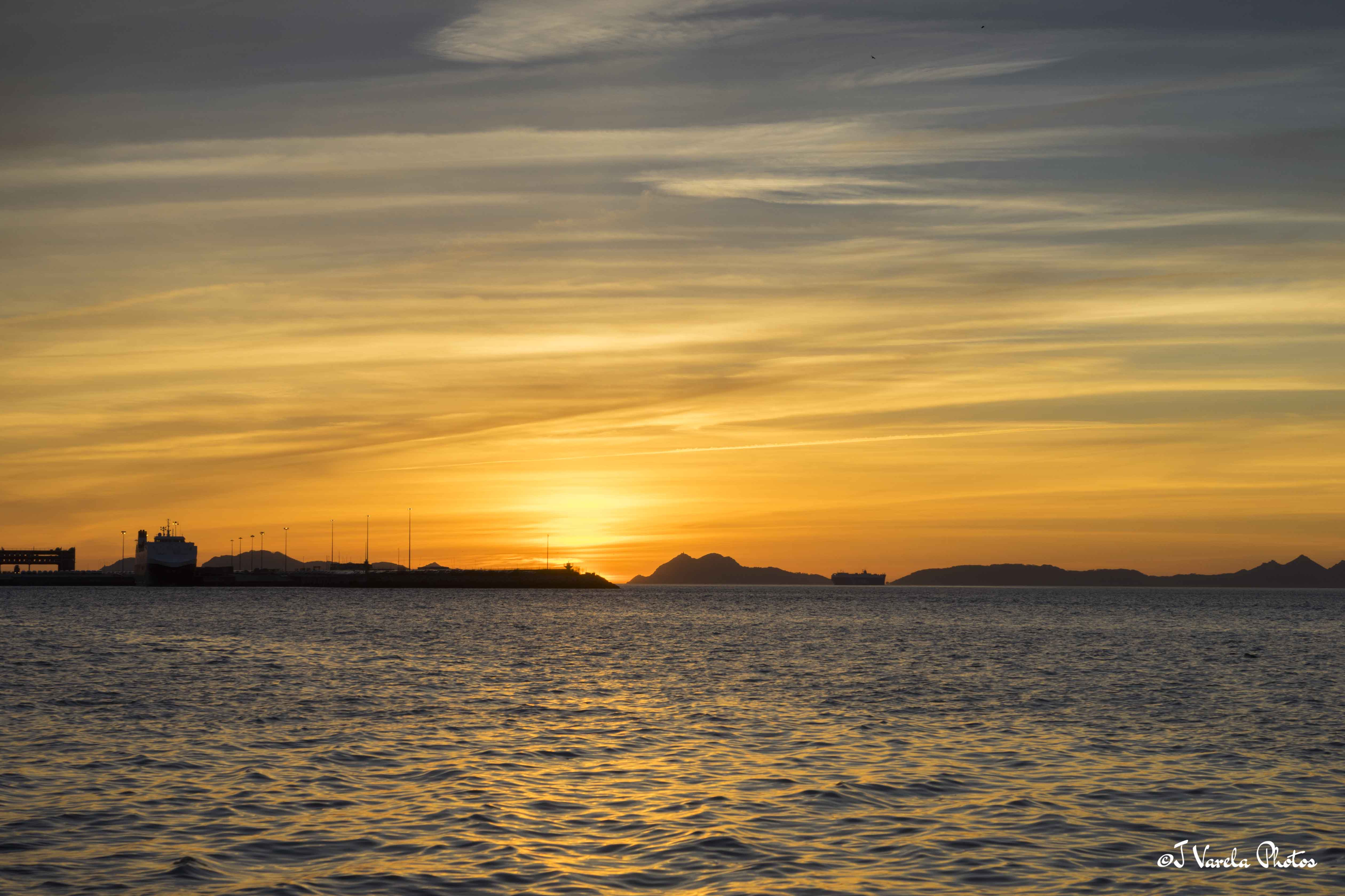 puesta de sol islas cíes