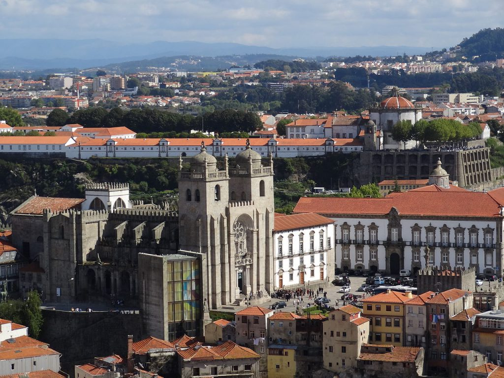 Catedral de Oporto camino por la costa