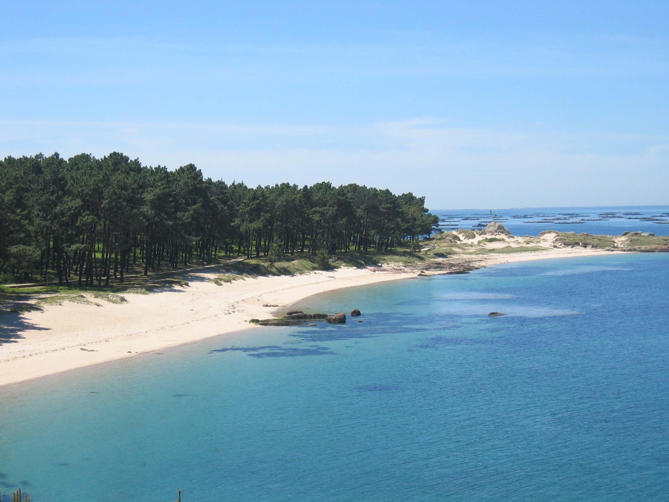 Playa area secada illa arousa. Fuente: Turismo Rías Baixas