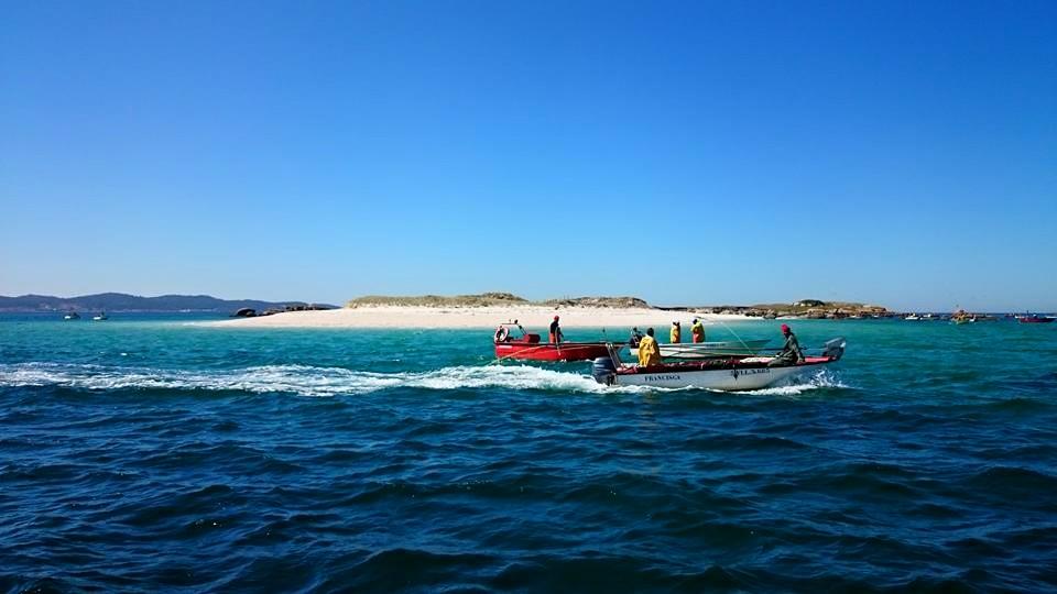 ruta en barco por la rías baixas