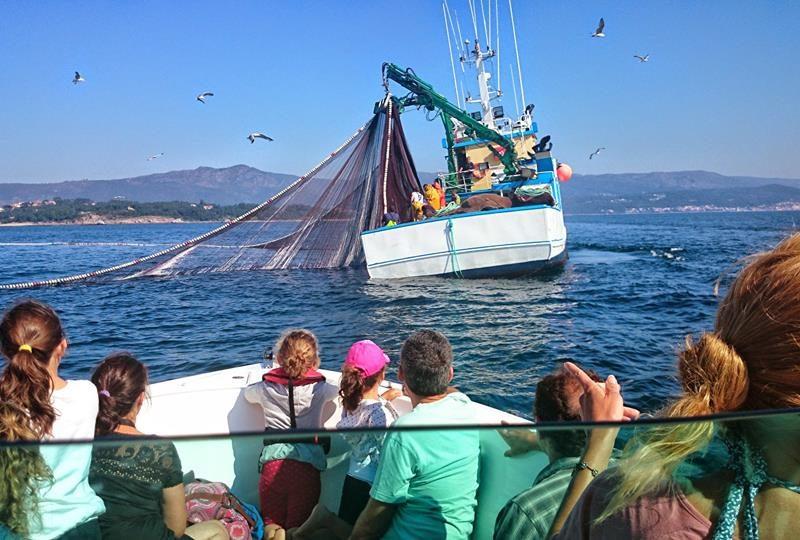 barco pesca ría de arousa