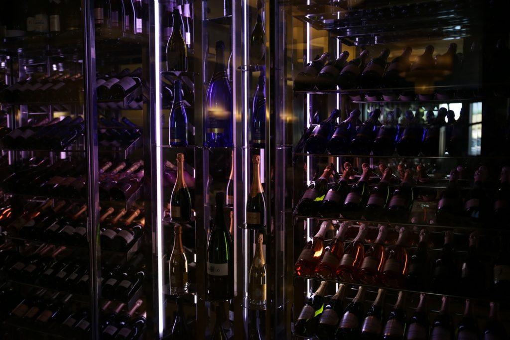 Cava de vinos espumosos en restaurante D´Berto