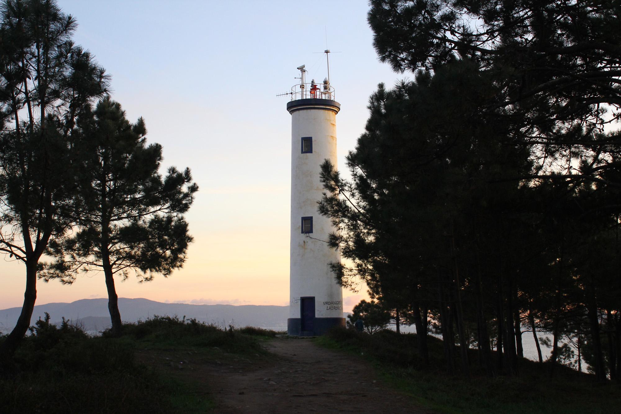 faros de la costa de la vela subrido