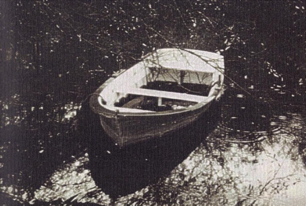 embarcacion tradicional de rio