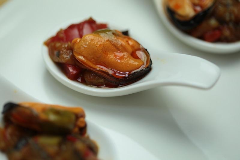 Cucharita de Mejillón con verduras de Conservas ALBO