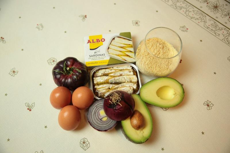 ingredientes para las tejas de almendra con sardinillas de conservas ALBO