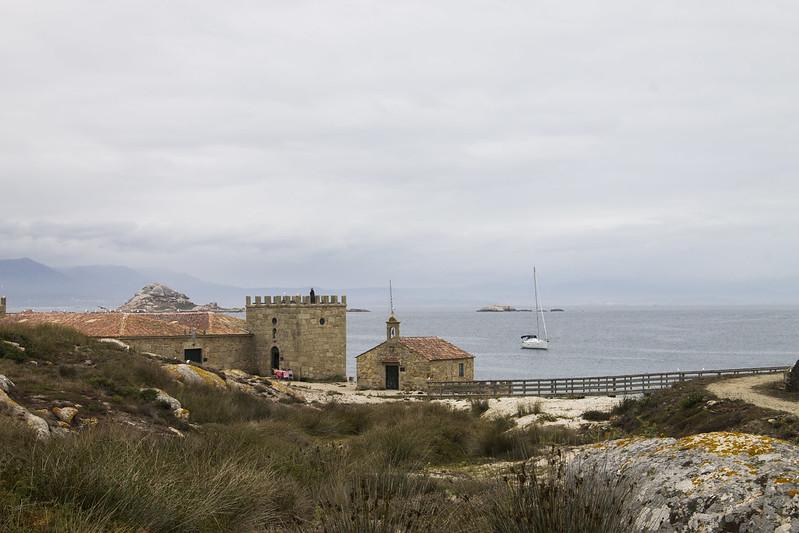 Visitar isla de Sálvora en velero