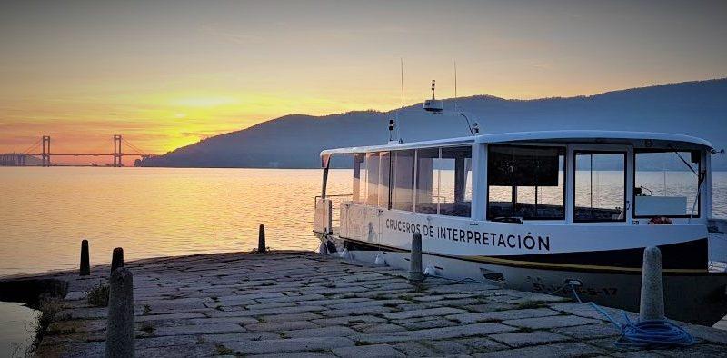 atardecer en barco ría de Vigo