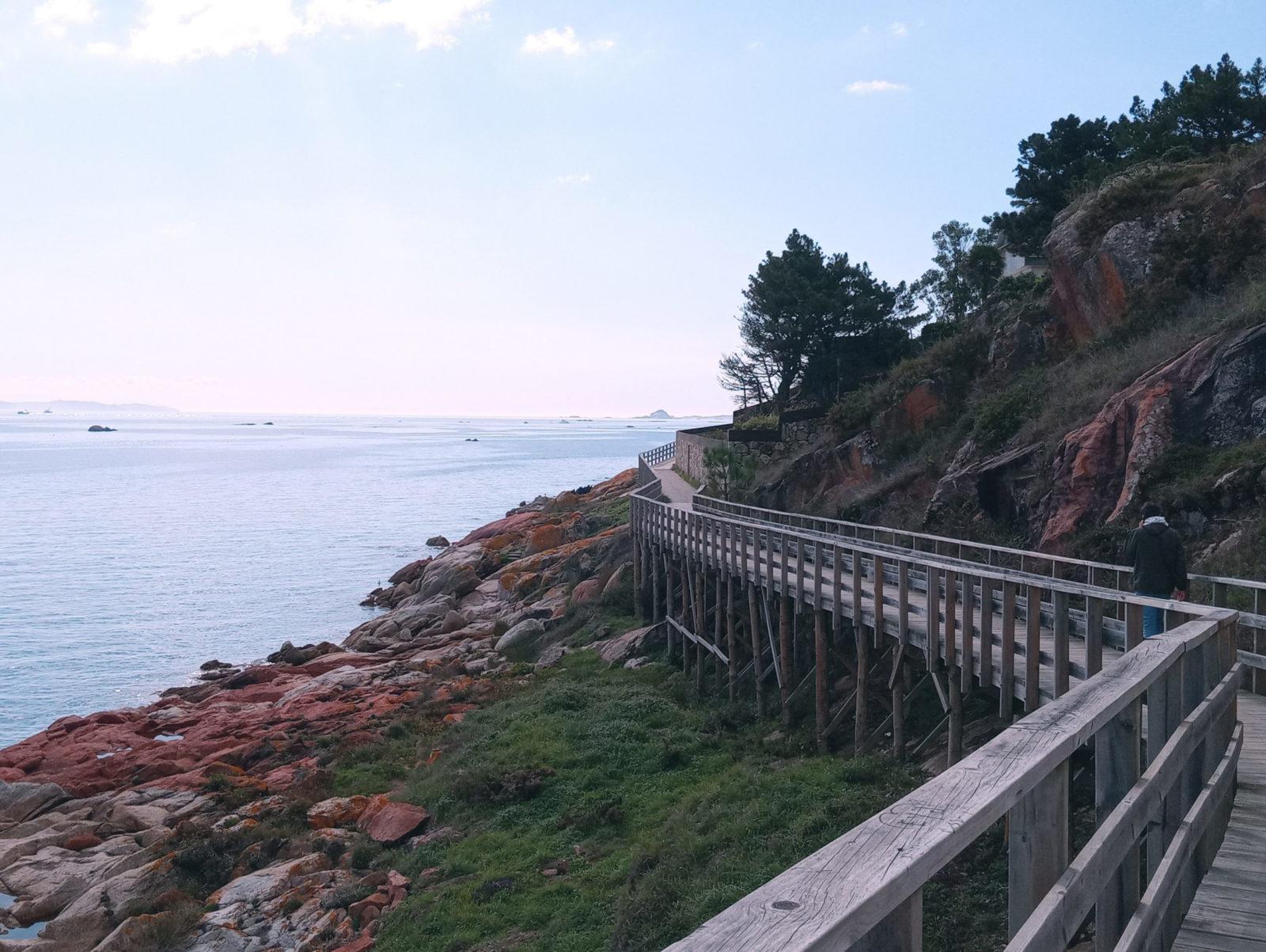 qué ver en Ribeira paseo madera area Ameixeira